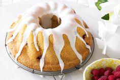 Lemon & seed #cake with raspberries