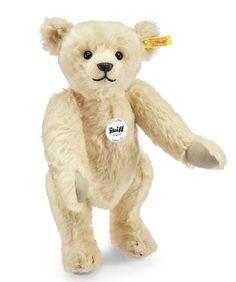 Steiff 000126 Classic 1909 Teddy Bear