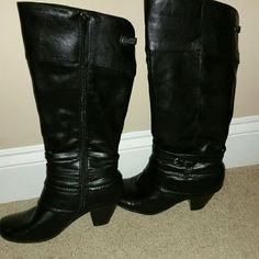 Ladies Size 7.5 Yuu Black Faux leather Boots EUC These were only worn a handful of times and are in EUC and from a smoke free home.  These are very good quality and comfortable boots. YUU Shoes Heeled Boots
