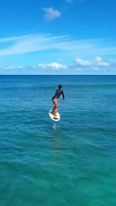 Beautiful Places To Travel, Cool Places To Visit, Places To Go, Surfer Girl Style, Surf Outfit, Adventure Travel, Life Hacks, Scenery, Instagram