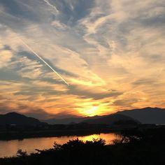 #きれいな #夕陽  まさに#かたわれどき  これぞthe #君の名は !!