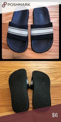f398ee85c47e7 Size 8 toddler boys closed toe Circo sandals. GUC