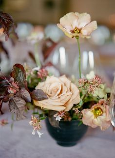 La Tavola Fine Linen Rental: Velvet Rose | Photography: Christina McNeill, Event Planning & Design: Kaella Lynn Events, Florals: Amanda Vidmar, Catering: Jessica Lasky Catering, Venue: K2 Ranch, Rentals: Encore Events Rentals