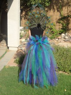 peacock bustle...Mommy & Me costumes?!