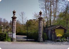 foto inrijhek buitenplaats Der Boede te Koudekerke in 2010