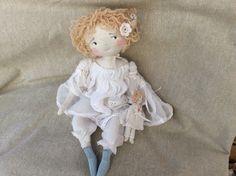 Lilou et sa poupée ..hummm.. mais que se passe t'il dans ses cheveux..(35cm) - Le Jardin des Farfalous