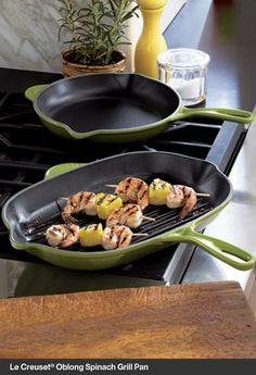 Le Creuset® Oblong Spinach Grill Pan