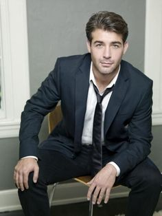 James Wolk. A younger version of Kyle Chandler. wowza!