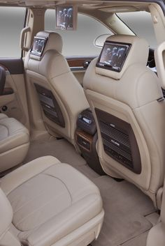 2015 Buick Enclave new features and specs. Chevy Tahoe Interior, New Chevy Tahoe, 2015 Buick, Buick Cars, Buick Enclave, Cadillac Escalade, Future Car, Car Audio, Sport Cars