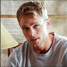 Hart of Dixie Hart Of Dixie Wade, Zoe And Wade, Real People, Pretty People, Beautiful People, Wade Kinsella, Happy Pictures, Happy Pics, Wilson Bethel