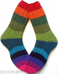Marions Socksfarm Knitting Socks, Hand Knitting, Knitting Patterns, Knit Socks, Knit Stockings, Sexy Socks, Knit Crochet, Creations, Slippers