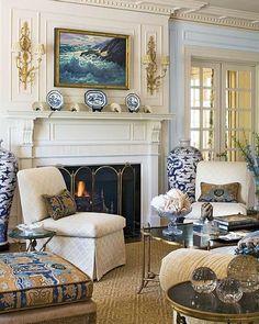 Another room in this favorite Texas home designed by Joseph Minton, so timeless!  #splendorinthesouth #josephminton #blueandwhite #blueandwhiteforever