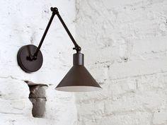 Lampada da parete orientabile in metallo con braccio flessibile CAPUCHINA A by luxcambra