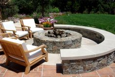 4 Prompt Tips AND Tricks: Large Fire Pit Outdoor Areas simple fire pit backyard designs.Fire Pit Backyard On Hill curved fire pit seating. Diy Fire Pit, Fire Pit Backyard, Backyard Patio, Backyard Landscaping, Landscaping Ideas, Backyard Seating, Backyard Ideas, Backyard Designs, Patio With Firepit