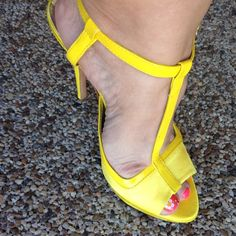 """Report Signature Platform Heels Yellow Love. Beautiful open toe T-strap heels.  Adjustable ankle strap, in great condition.  5"""" heel, 1/2"""" platform.  Bundle and save.  Sorry no trades and no holds.  Please use offer to negotiate,  all reasonable offers considered.  Please no low balling. Report Signature Shoes Platforms"""
