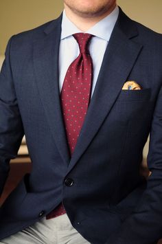 how men's suits are made Mens Fashion Blog, Estilo Fashion, Mens Fashion Suits, Mens Suits, Cheap Fashion, Business Casual Men, Business Fashion, Men Casual, Best Suits For Men