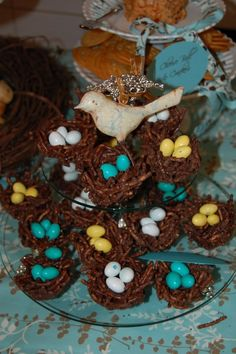yummy..................bake cookie nests