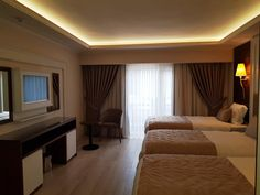 Located km from Suleymaniye Mosque, Grand Marcello Hotel in Istanbul features a shared lounge. The property is situated