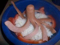 Octopus hotdog.  Cute! #Hotdog_Factory