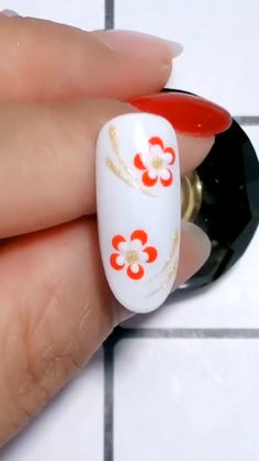 This Nail Design Is A Must Try So Beautiful - dieses nageldesign ist ein muss, um so schön zu versuchen This Nail Design Is A Must Try So Beautiful - For spring rose gold nail art designs, Valentines day nail art designs, Simple nail art designs Bling Nail Art, Red Nail Art, Floral Nail Art, Bling Nails, Black Nail, Art Nails, Acrylic Nails, Minimalist Nails, Pedicure Nail Art