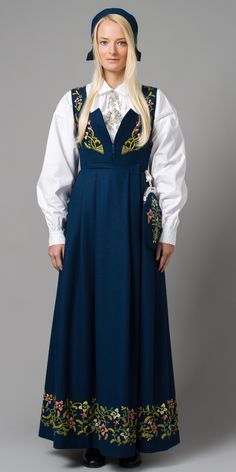 """Blue """"Lillehammer bunad"""" from Lillehammer, Oppland, Norway (It is also made in green, red and black, but I haven't found a picture) Lillehammer, Norwegian Clothing, Folk Clothing, Ethnic Dress, Folk Costume, Traditional Dresses, Cold Shoulder Dress, People, Clothes"""