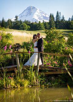 Nick & Renee { Mt. Hood Bed and Breakfast }- Portland, Oregon Wedding Photography Blog | Powers Photography Studios