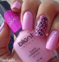 Pink cheetah nail art