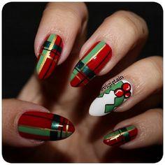 Plaid christmas nail design - by evigistain #nail #nails #nailart