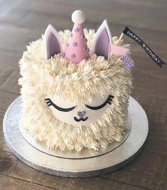 Cupcakes, Cupcake Cakes, Shoe Cakes, Cute Birthday Cakes, Girl Cakes, Savoury Cake, Creative Cakes, Cake Designs, Amazing Cakes