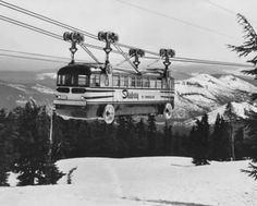 Finally, perhaps the strangest - the Ski-Lift Bus!, used on Mt. Hood, Oregon between Government Camp and Timberline Lodge: Gondola Lift, Timberline Lodge, Mount Hood, U Bahn, Stock Art, Public Transport, Vintage Photographs, Skiing, Snowboarding