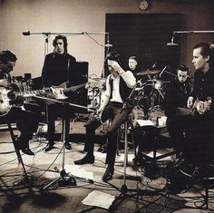 forevernowmusic:      Nick Cave & The Bad Seeds.