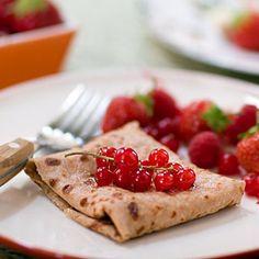 Quinoa Frühstück: Crêpes Rezept mit frischen Beeren