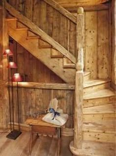 Tiny House Cabin, Cabin Homes, Log Homes, Knotty Pine Rooms, Modern Cabin Interior, Rustic Stairs, Little Cabin, House Stairs, Cabin Plans
