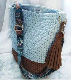 "New Cheap Bags. The location where building and construction meets style, beaded crochet is the act of using beads to decorate crocheted products. ""Crochet"" is derived fro Crochet Backpack, Crochet Tote, Crochet Handbags, Crochet Purses, Crochet Shell Stitch, Bead Crochet, Crochet Hooks, Diy Bags Purses, Diy Purse"
