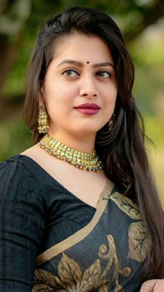 Beautiful Girl In India, Beautiful Women Over 40, Most Beautiful Faces, Beautiful Women Pictures, Beautiful Girl Image, Beautiful Saree, Beautiful Bollywood Actress, Most Beautiful Indian Actress, Cute Beauty