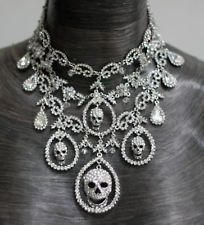 Butler and Wilson Clear Crystal Skull Gala Necklace From United Kingdom Punk Jewelry, Skull Jewelry, Gothic Jewelry, Boho Jewelry, Jewelry Box, Jewelery, Jewelry Accessories, Unique Jewelry, Rapper Jewelry