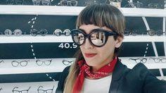 Katha Puga | Moda con Emoción y Razón Kurt Cobain, Wildfox, Round Sunglasses, Fashion, Interview, Style, Moda, Round Frame Sunglasses, Fashion Styles