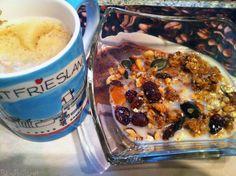 Blue Bacardi startete mit einem leckeren Müsli und Kaffee und Reismilch in ihren Mittwoch