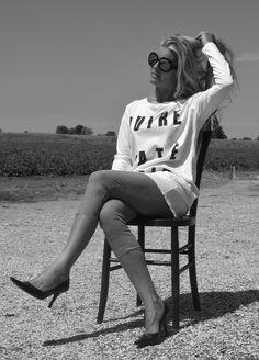 fashion 50+ http://bastonidifashion.blogspot.it/2015/08/in-bianco-e-nero-e-sempre-di-moda.html