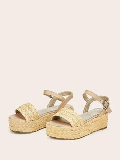 To find out about the Braided Detail Buckle Strap Espadrille Sandals at SHEIN, part of our latest Wedges ready to shop online today! Platform Wedge Sandals, Wedge Shoes, Espadrille Sandals, Espadrilles, Girls Heels, Ankle Strap Heels, Mode Style, Womens Shoes Wedges, Summer Shoes
