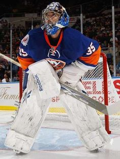 New York Islanders goaltending history : Al Montoya Hockey Goalie, Field Hockey, Hockey Players, Ice Hockey, Goalie Mask, New York Islanders, Nhl, Captain America, History