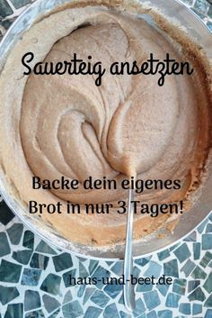 Making leaven in 3 days: a simple guide. Bake your own sourdough bread. So you are independent of the opening times of the supermarkets. Baking bread is very quick and easy. Baking bread without yeast Sandwich Recipes, Bread Recipes, Tartiflette Recipe, Bread Without Yeast, Pain Au Levain, Stir Fry Recipes, Sourdough Bread, Pampered Chef, Cheesecake Recipes