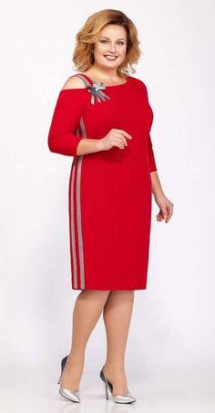 Коллекция одежды для полных женщин белорусской компании LaKona зима 2018-2019 Formal Dresses With Sleeves, Plus Size Dresses, Elegant Dresses, Plus Size Outfits, Casual Dresses, Office Dresses For Women, Clothes For Women, Girly Outfits, Dress Outfits