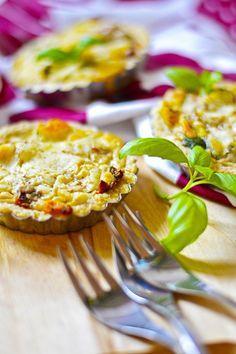 Meillä syödään kyllä kasvavassa määrin kasvisruokaa, kuten varmasti monessakin kodissa nykyään, mutta harvemmin kuitenkaan ihan vegaan...