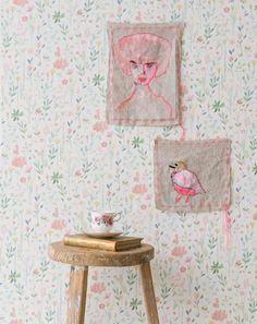http://www.mamidecora.com/papeles_pintados_infantiles_room_seven.html