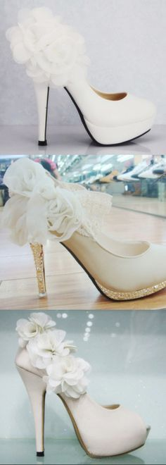 Three different types of white bride wedding shoes, big flower satin, elegant diamond you like to wear which one to share from
