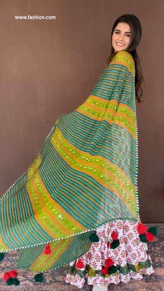 Party Wear Indian Dresses, Pakistani Fashion Party Wear, Indian Bridal Outfits, Indian Fashion Dresses, Dress Indian Style, Sharara Designs, Kurti Designs Party Wear, New Designer Dresses, Indian Designer Outfits