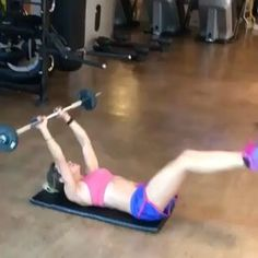 Awesome ab workout Tag someone to give it a try! @jujunorremose