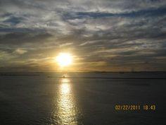 Por do sol em alto mar