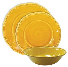 Le Cadeaux Provence Yellow Dinnerware